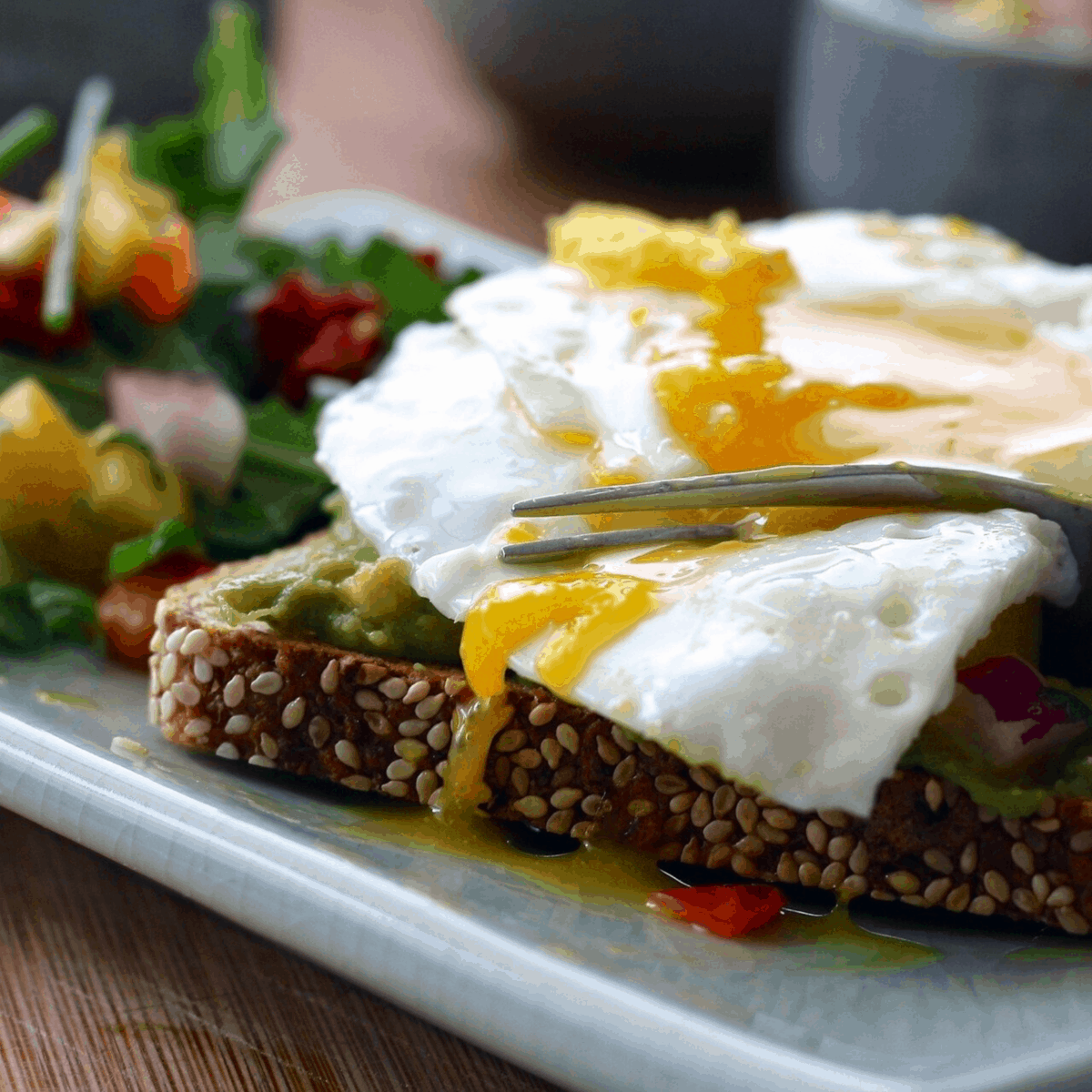 Eating egg on toast could lead to food sensitivity reactions
